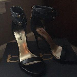 Bebe new heels pretty shoe